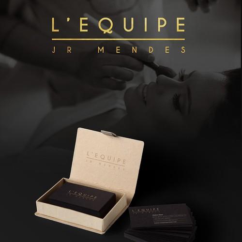 Crie um logo Sofisticado e elegante para um Salão de Beleza de alto luxo
