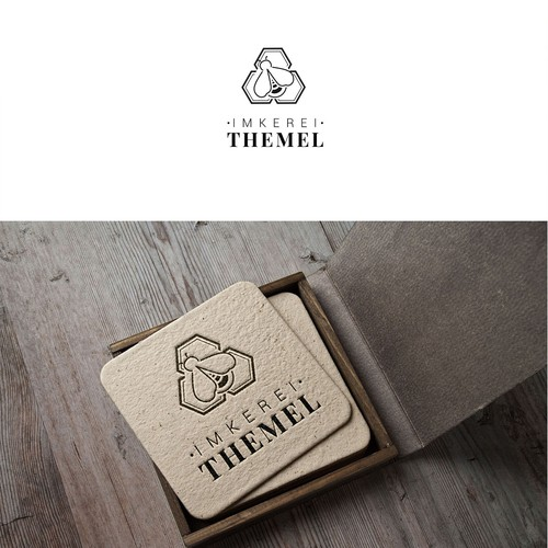 Logo / Bee
