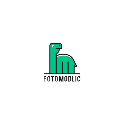 fun logo for freelance photographer