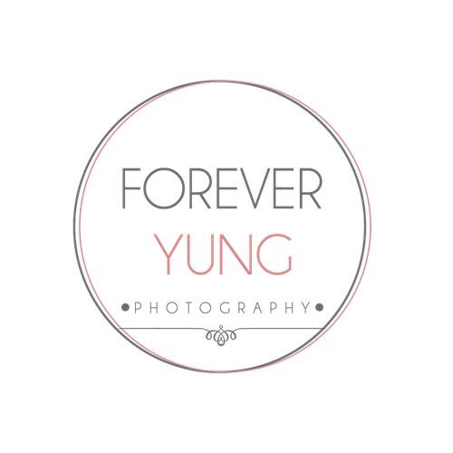 simple minimal photographer logo