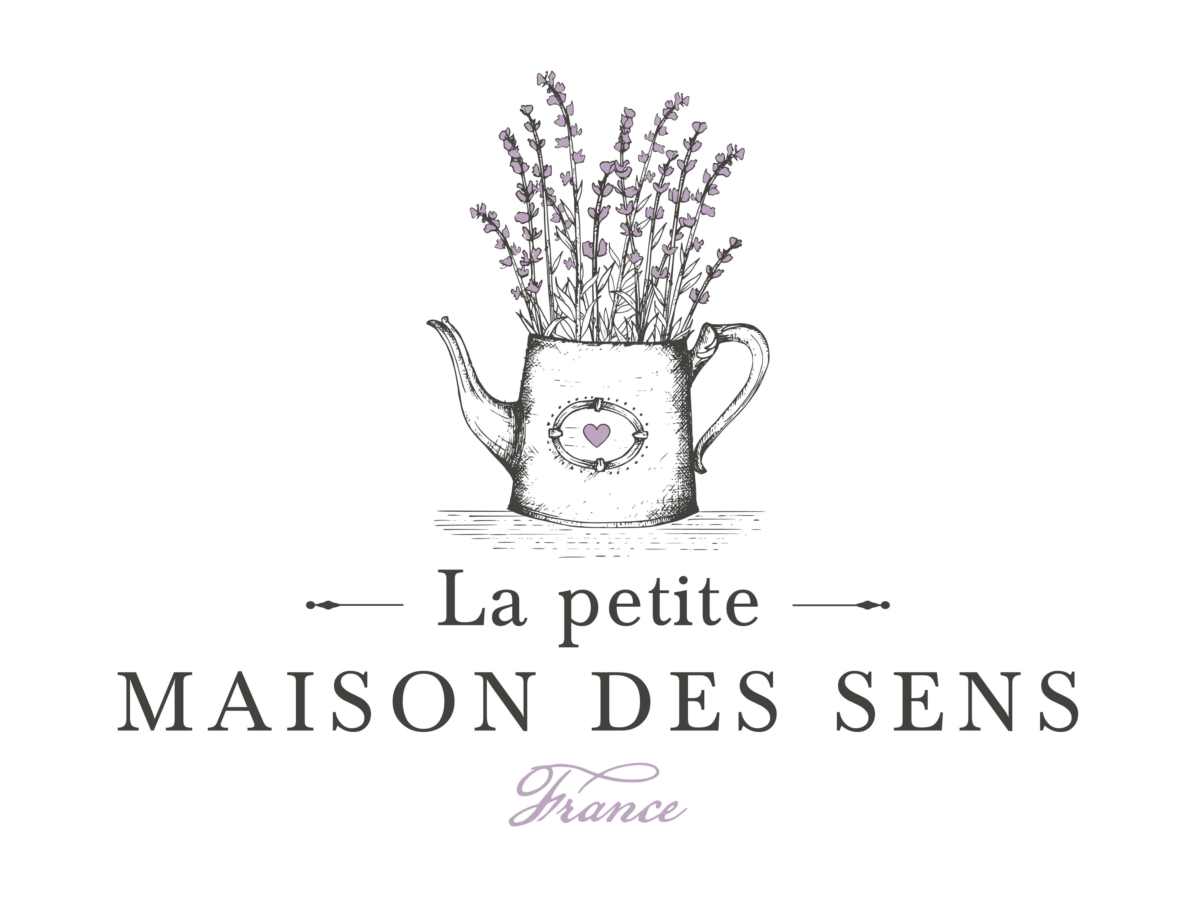 B&B LA PETITE MAISON DES SENS in Provence (France) needs a romatic logo!