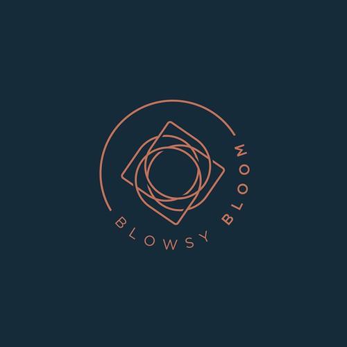 Blowsy Bloom