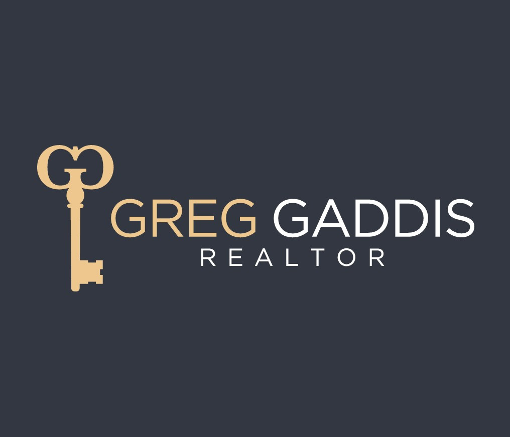 Real Estate Agent looking for eye catching, luxurious logo