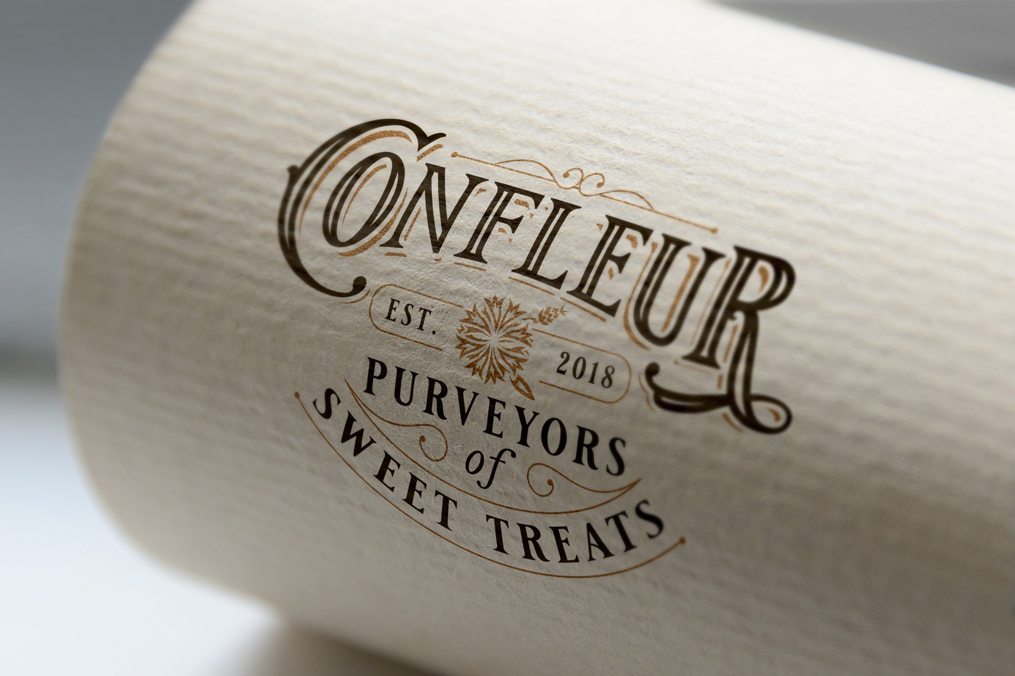 Create a vintage/elegant handwritten logo for an ice cream and pastry shop