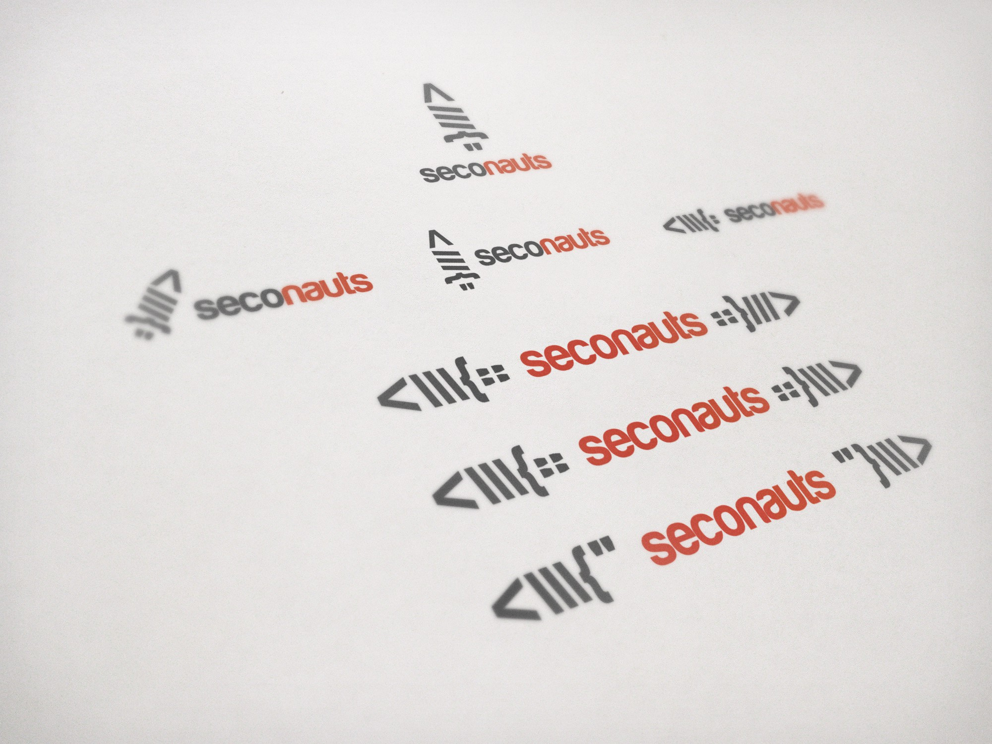 Create the next logo for Seconauts