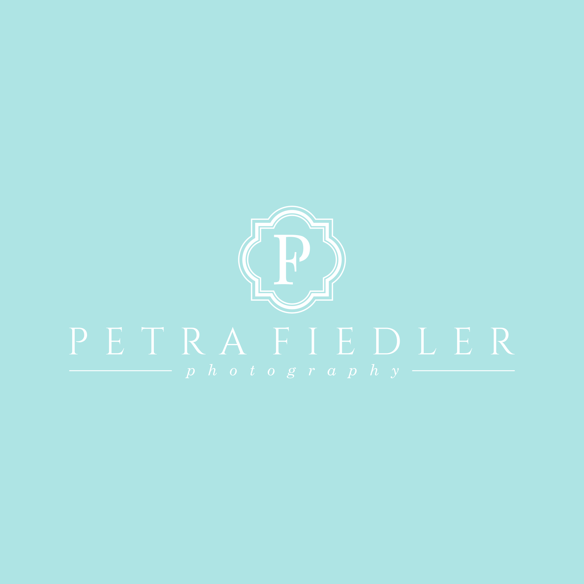 a classy logo for a female wedding photographer