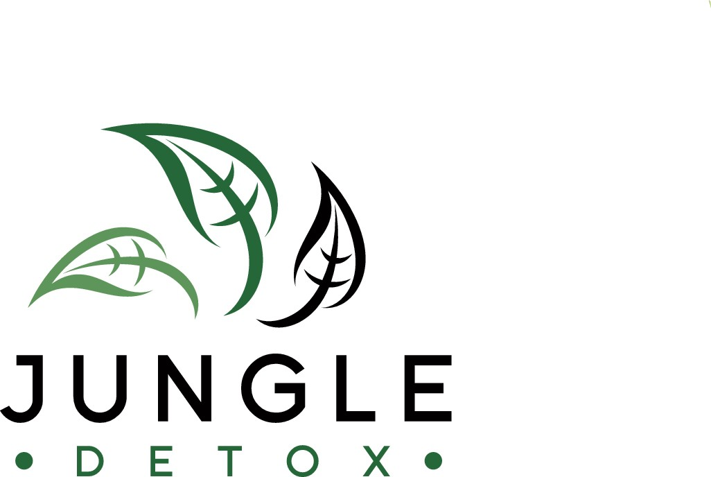 Create an original and sophisticated logo for our raw juice company