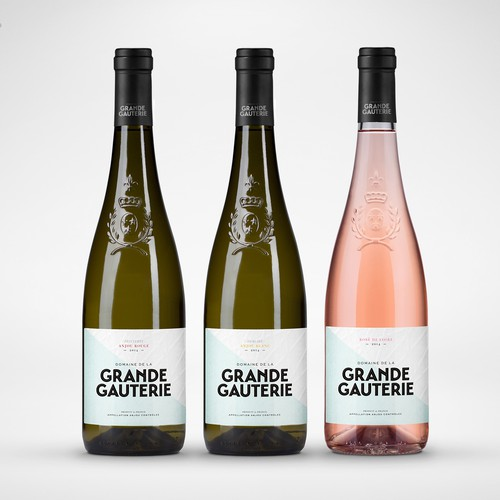 Modern wine label for traditional french vineyard