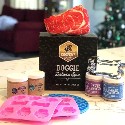 Cooper's Treats Doggie Product Packaging