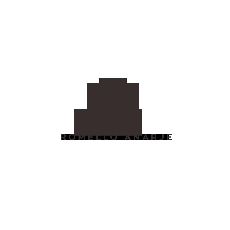 Published Travel Photographer needs a logo