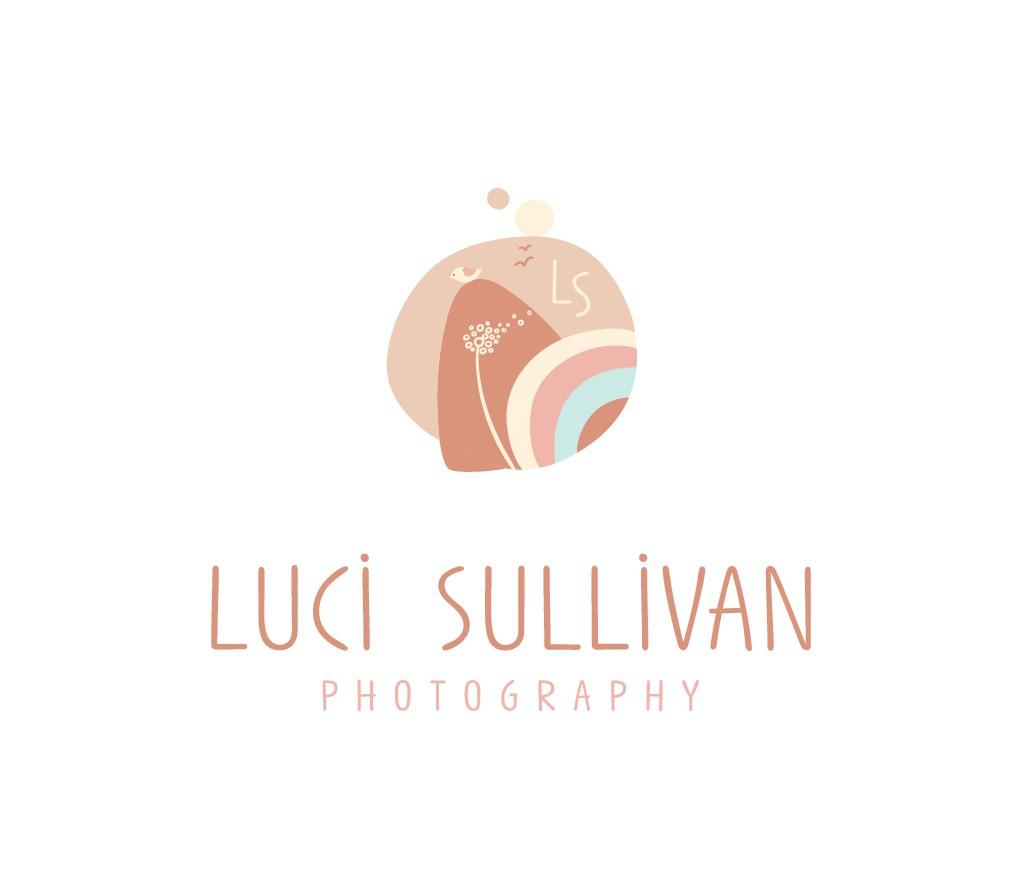 Design A Boho/Modern Logo For A Dreamy Florida Photographer