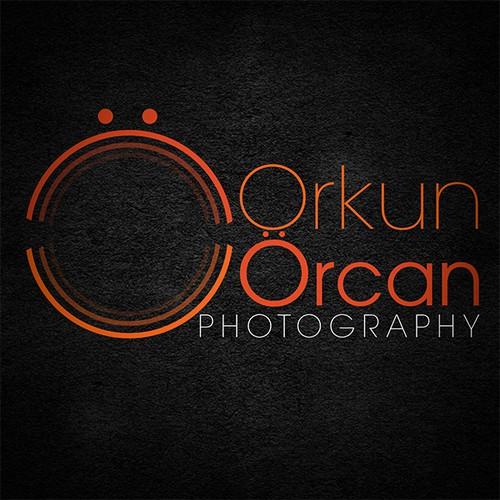 Creating a elegant, high end, professional advertising photographer branding.