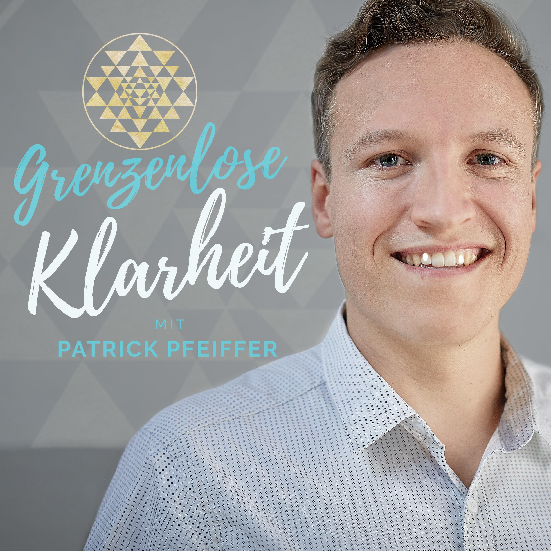 """Podcast Cover für seriösen Spiritual Life Coach zum Thema """"endlose Klarheit"""""""