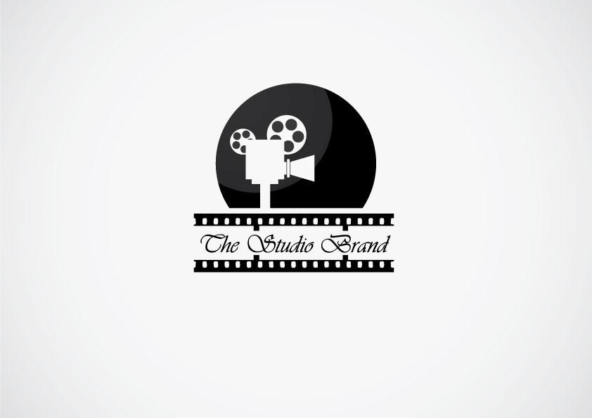 Create a classic Hollywood film themed logo for Studio Brand Liquids (e Liquid)