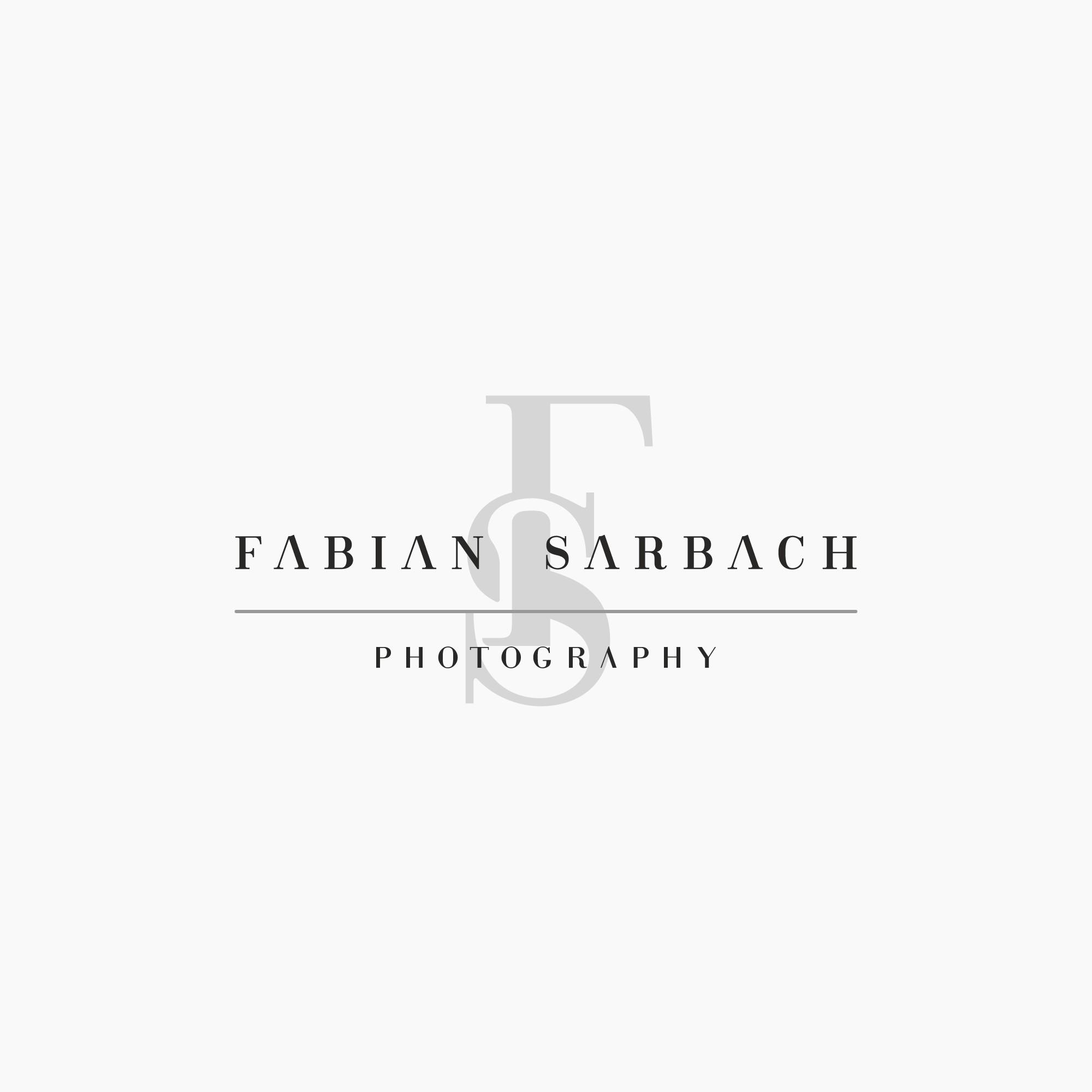 Photographer needs great Logo
