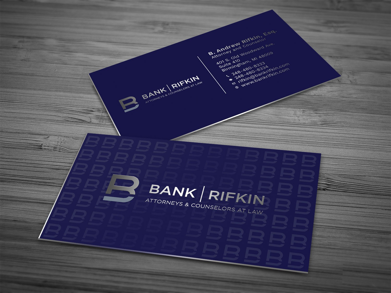 Sophisticated business cards for high-end matrimonial law firm