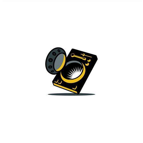 Logo for DJ's Vault