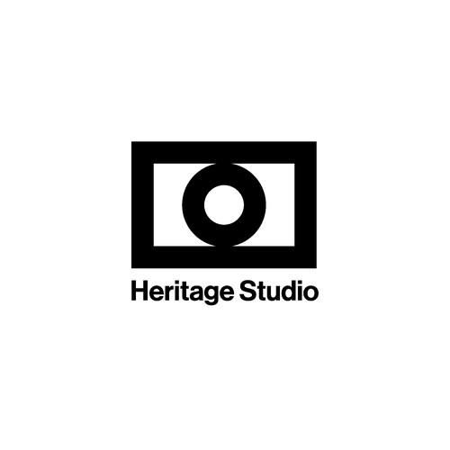 A visible logo for a Photography Studio