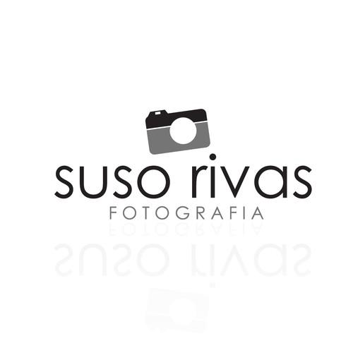 Crear el/la siguiente logo para Suso Rivas