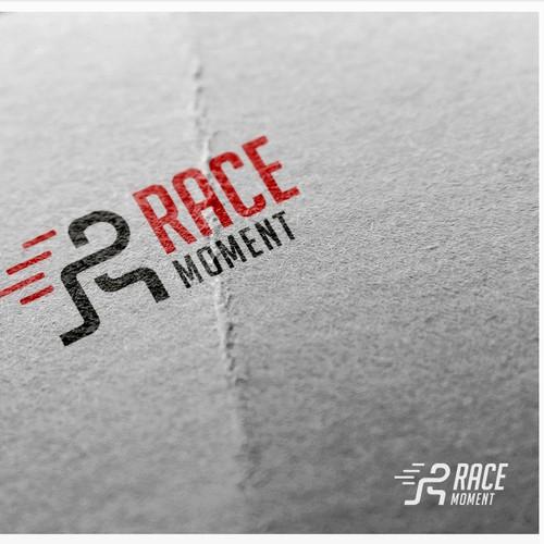 RACE MOMENT