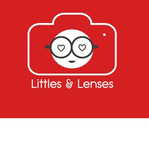 Logo for littles & lenses