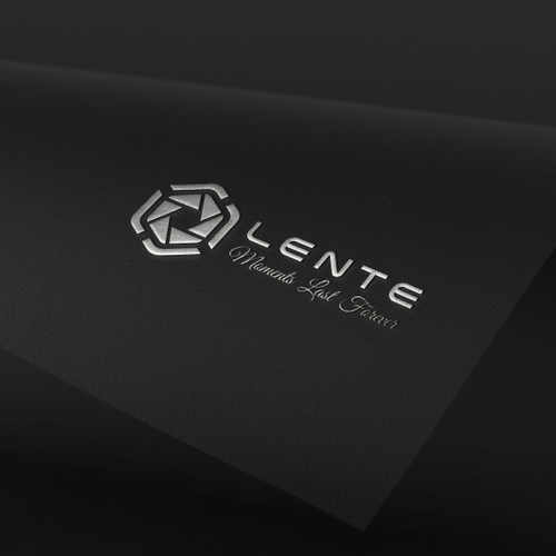 Logo & Jimdo Website for LENTE PHOTOGRAPHY