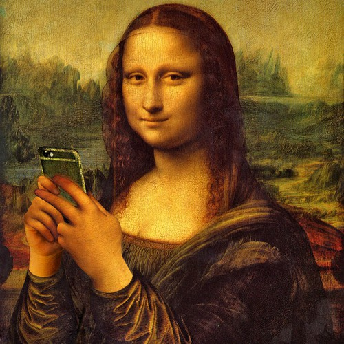 Monalisa and smartphone