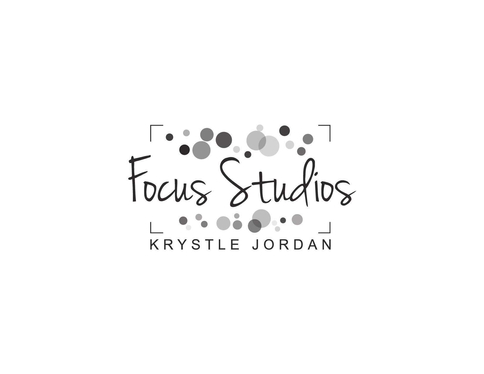 Design eye-catching photography logo for Focus Studios
