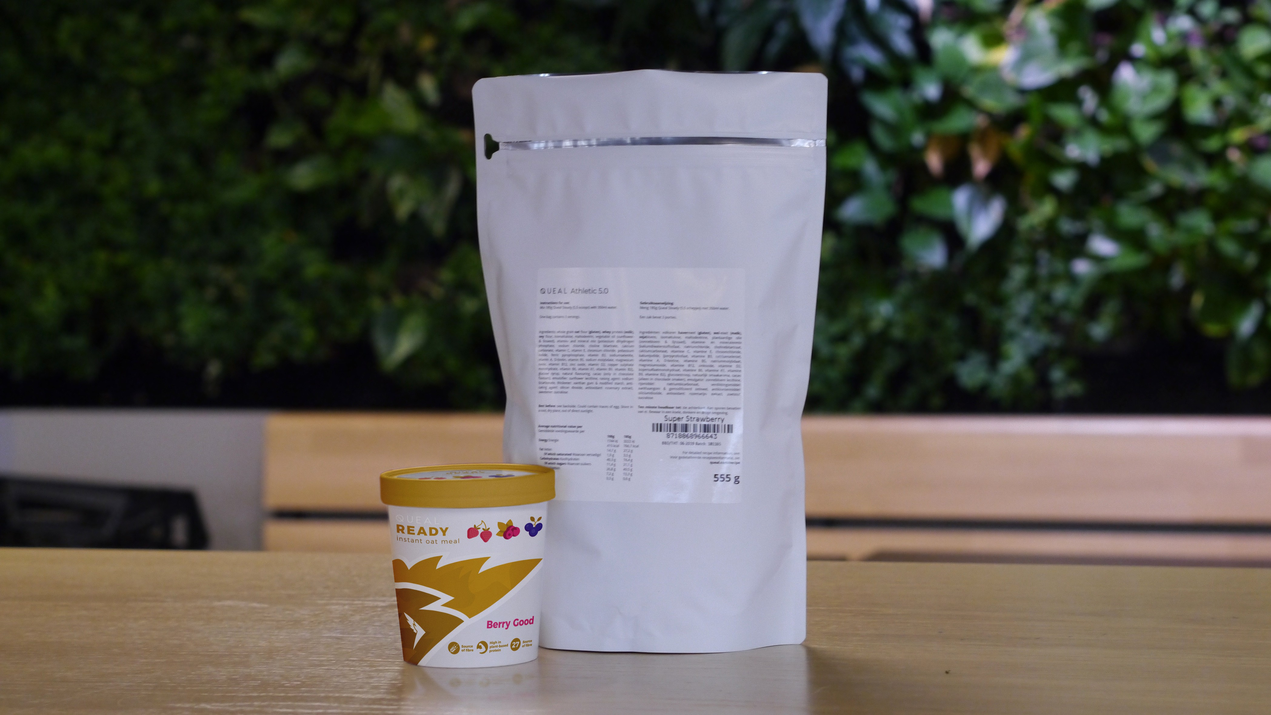 Packaging design Queal instant oat meal
