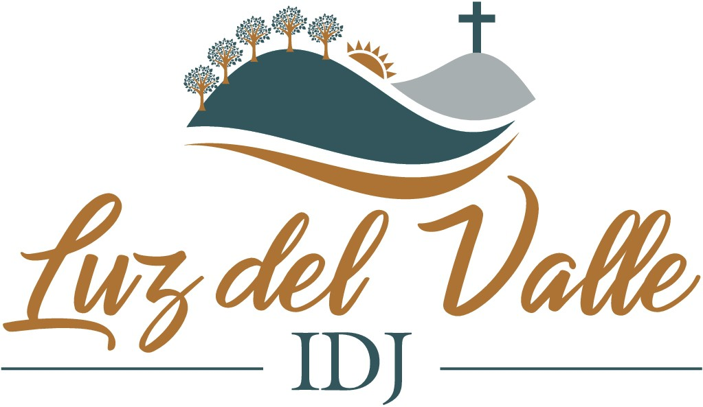 Need a logo for a hispanic church that is located outside a big city, its surrounded by mountains an
