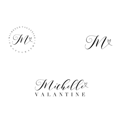 Feminine logo for a wedding photographer.