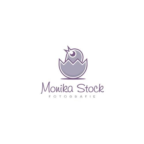 Logo design for mobile Photographer (Newborn & Families)