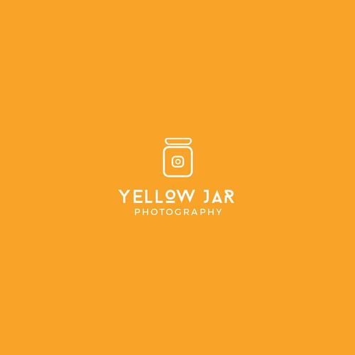 Simple and smart logo for the Yellow Jar photography