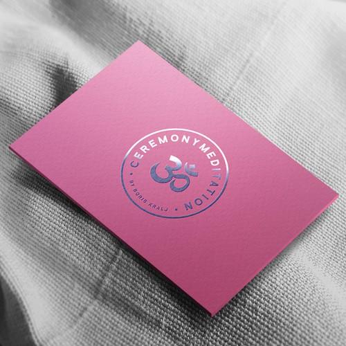 优雅的邮票标志设计,现代冥想教练