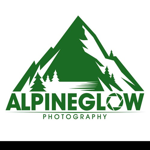 Photographer based in Yosemite National Park.