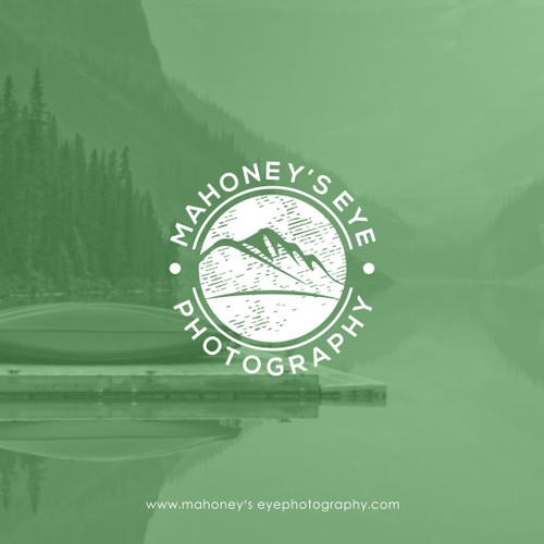 Mahoney's Eye Photography Logo
