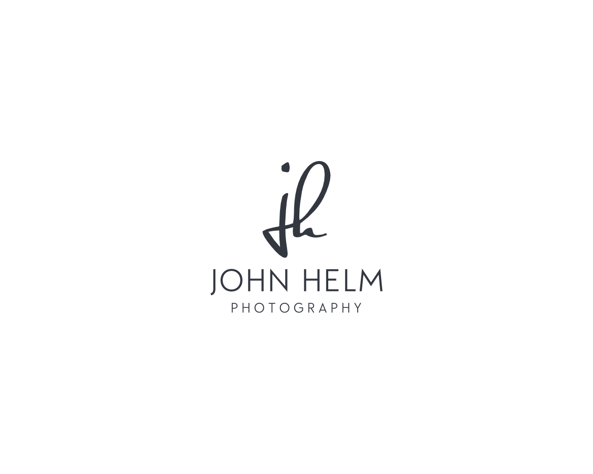 Wedding photographer looking for a modern yet classic and luxurious logo