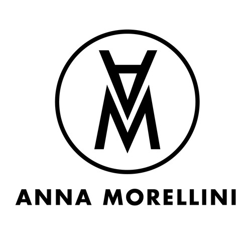 Striking Logo for Retail Company