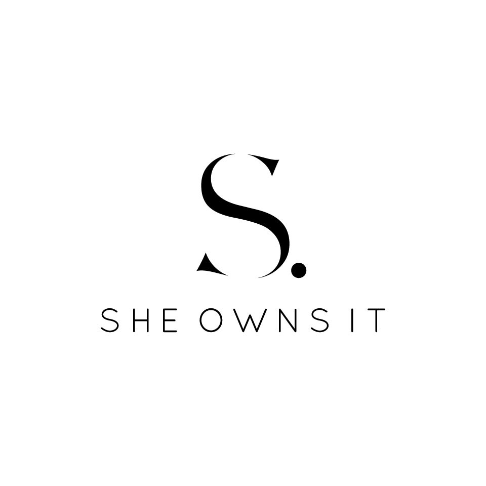 Create a Unique Modern Clean Logo for a Women Focused Entrepreneurial Lifestyle Website