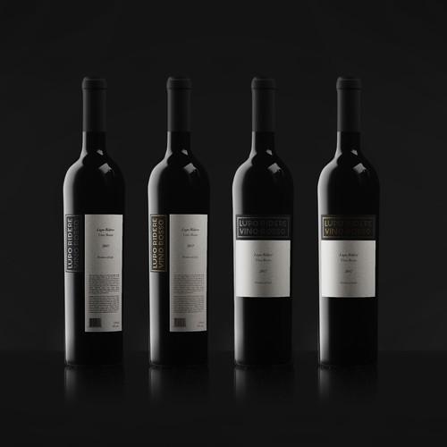 Elegant label design for Italian winery