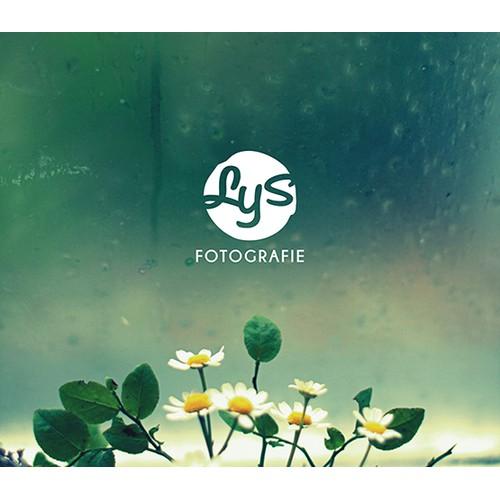 Design a logo for photography studio