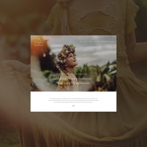 Squarespace website for Maui family photographer.